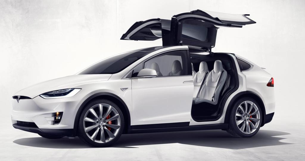 Tesla Model X - Der erste vollelektrische SUV mit besonderen Funktionen